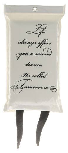 "Sammutuspeite, ""Life always offers you a second chance. Its called tomorrow"" - 4Living"
