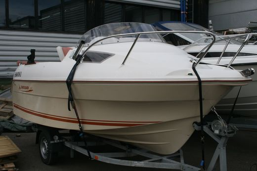 Quicksilver 470