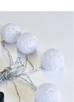 Pallovalosarja, 10 palloa, valkoinen - Crystal Decors